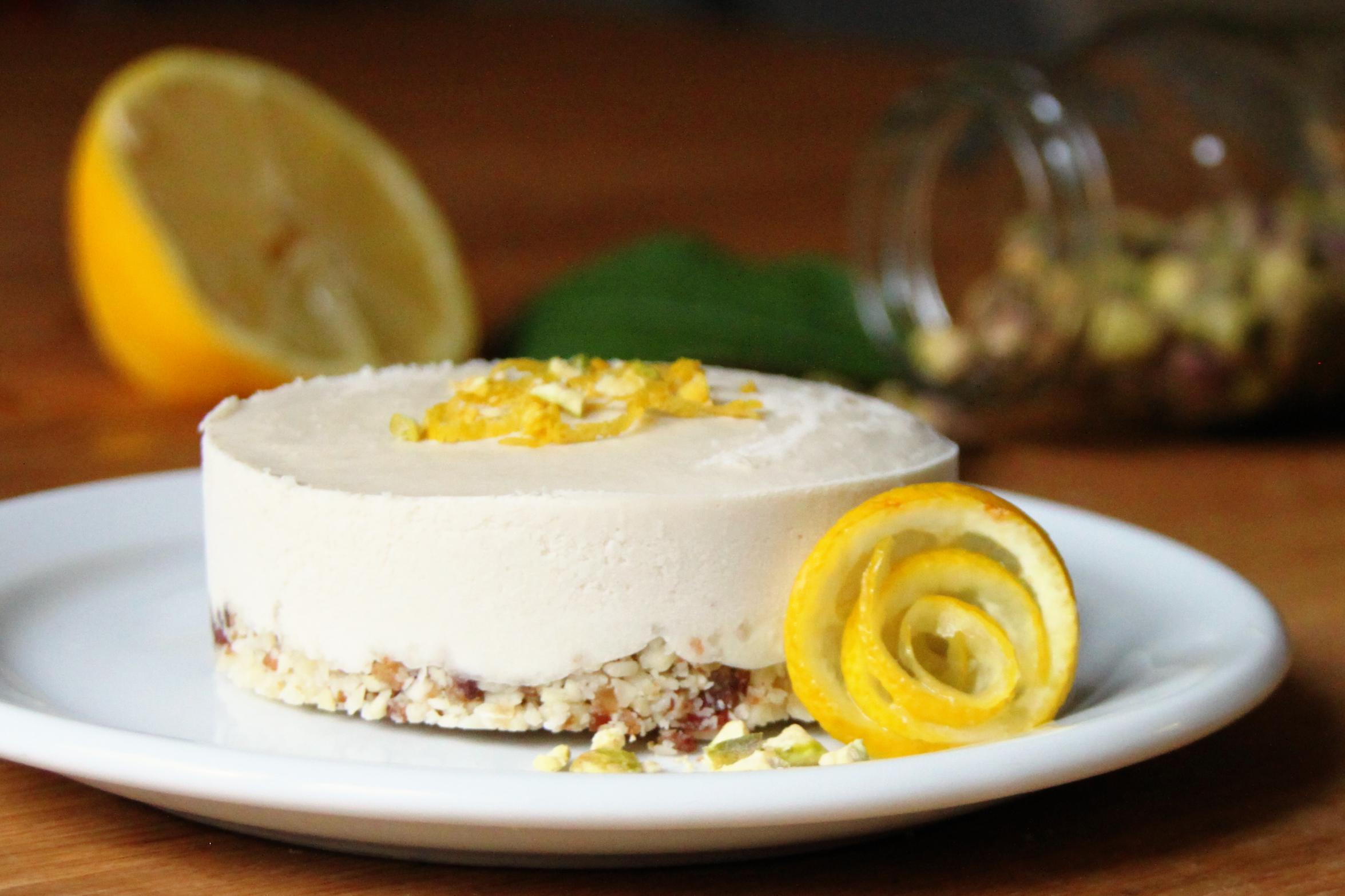 Cashew Cream Cheesecake • The Greedy Vegan