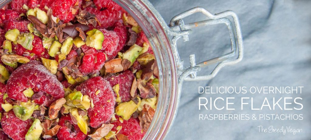 Overnight Rice Flakes with raspberries and pistachios 003