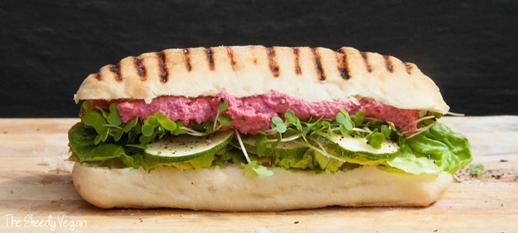 beet hummus sandwich 001