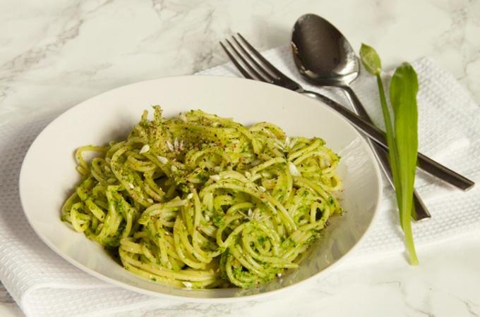 Wild Garlic Pesto • The Greedy Vegan