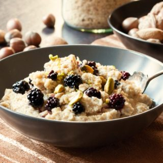 Oat Porridge with Berries & Pistachios