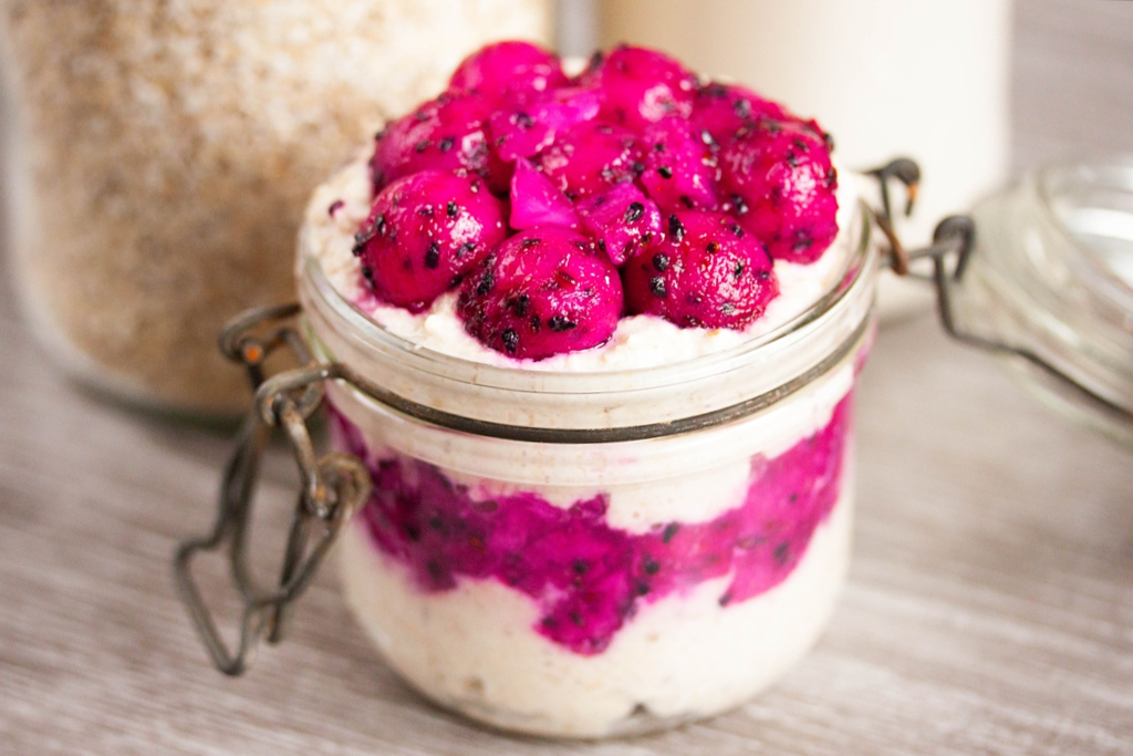 Overnight Oats with Dragonfruit and Dates