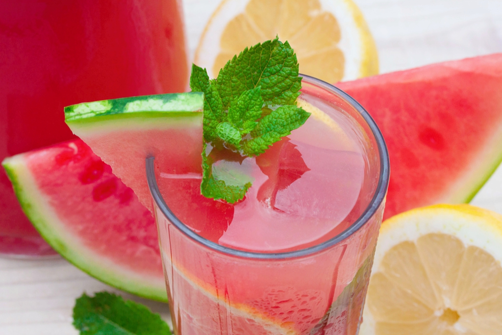 Watermelon Lemonade Without Added Sugar