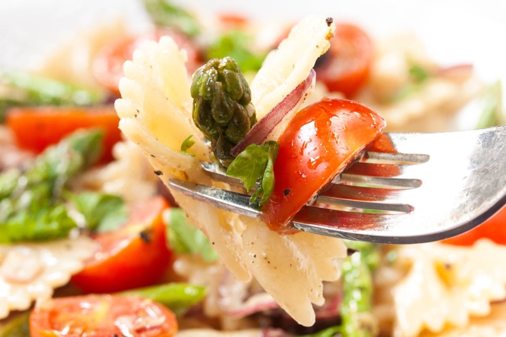 Light Mediterranean Pasta Salad